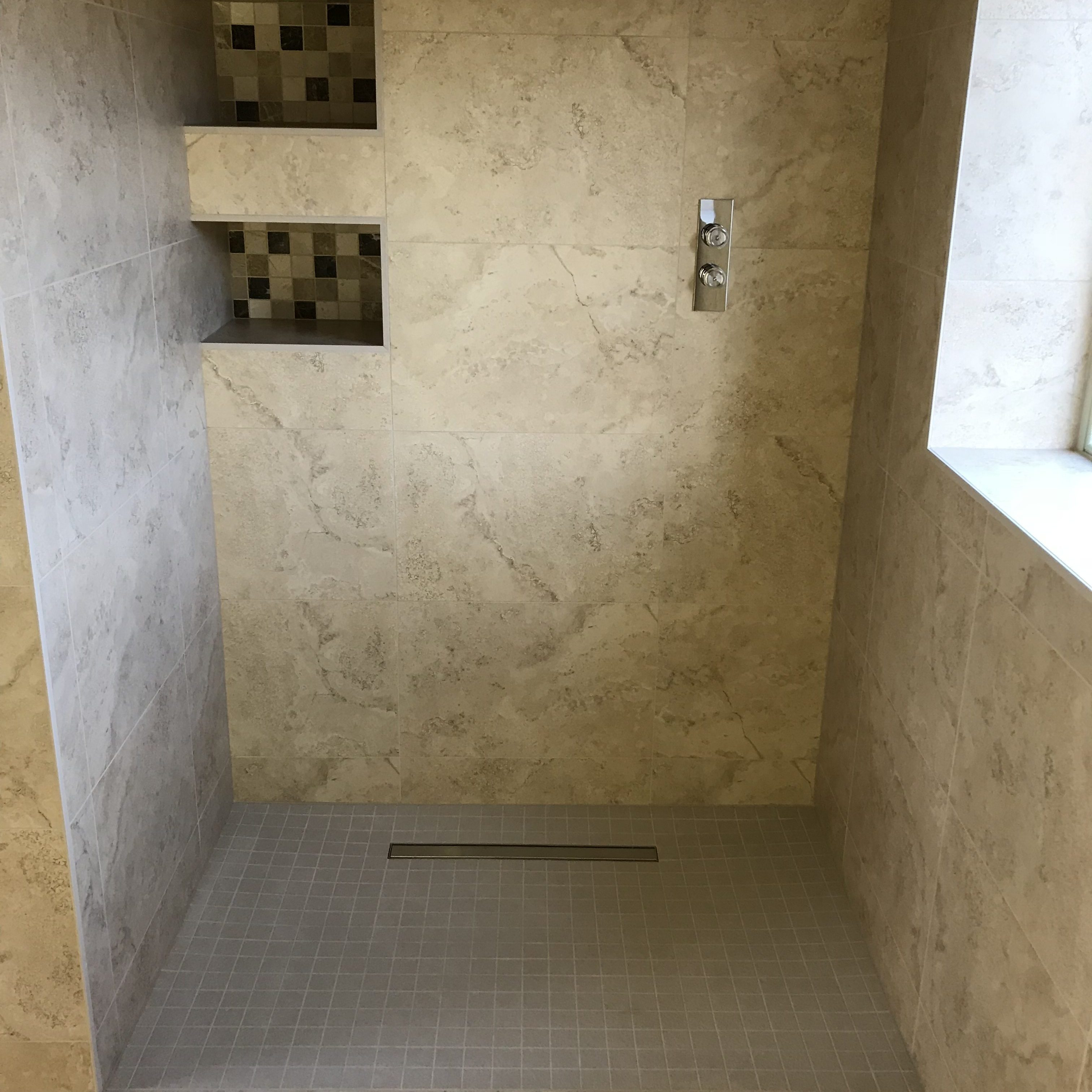 Porcelain and stone wet room